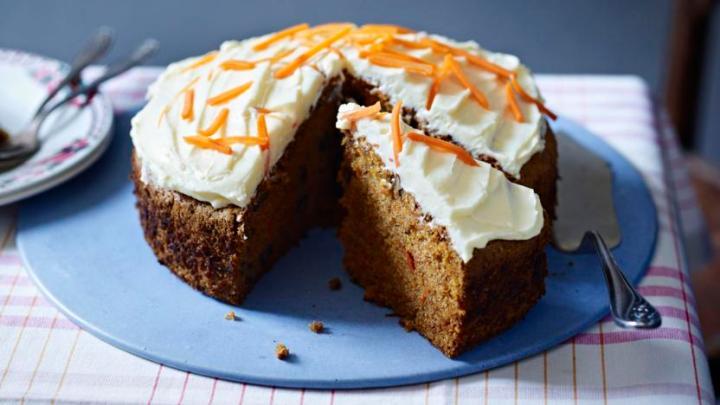 classic_carrot_cake_08513_16x9