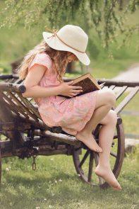 book-girl-grass-261887.jpg
