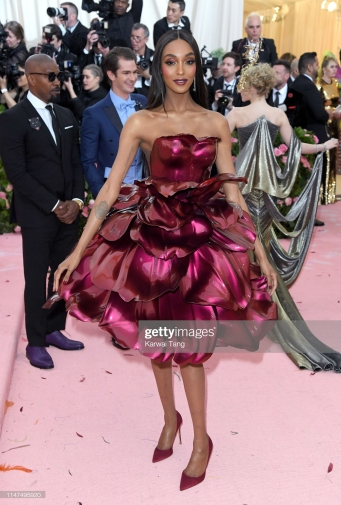 NEW YORK, NEW YORK - MAY 06: Jourdan Dunn arrives for the 2019 Met Gala celebrating Camp: Notes on Fashion at The Metropolitan Museum of Art on May 06, 2019 in New York City. (Photo by Karwai Tang/Getty Images)
